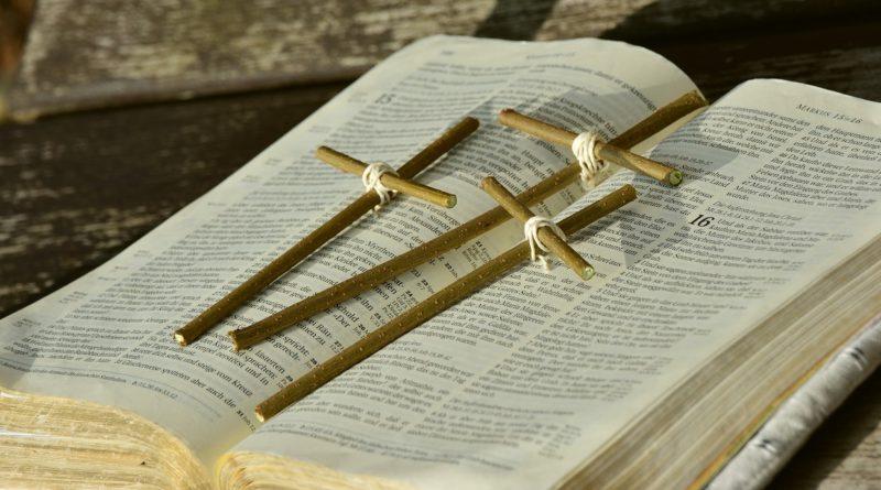 Calendário inter-religioso 2017 - mês de Abril