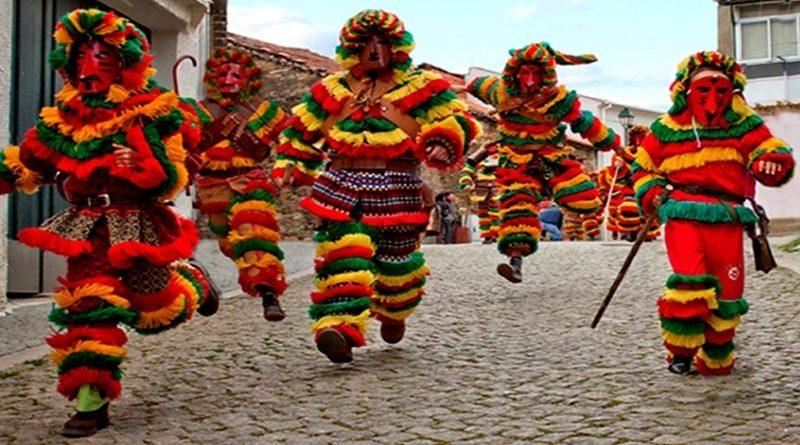 Festa dos Caretos de Podence - Domingo de Carnaval - Macedo de Cavaleiros