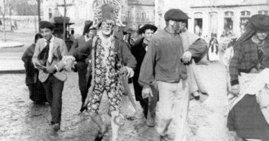 O xé-xé, figura incontornável do Carnaval de outros tempos