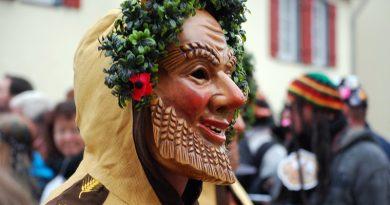 A magia do Carnaval - Entrudo - as máscaras
