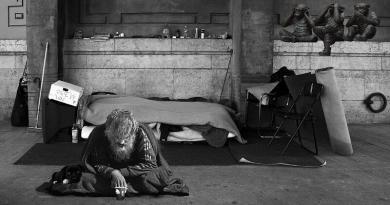 """""""Ao lado dos Pobres"""" - Nota das Comissões Justiça e Paz"""