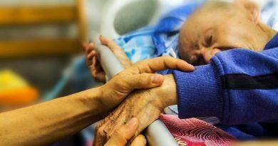 Mitos sobre os cuidados paliativos. Importa cuidar bem do outro até ao final da vida.