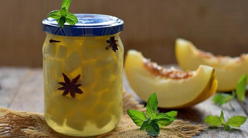 Fruto por excelência do Verão, o melão branco é aromático, doce e refrescante.